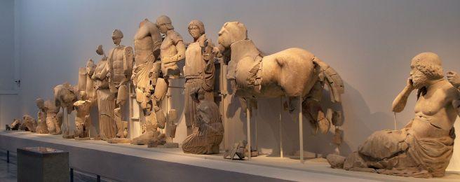 Fronton Est du temple de Zeus à Olympie